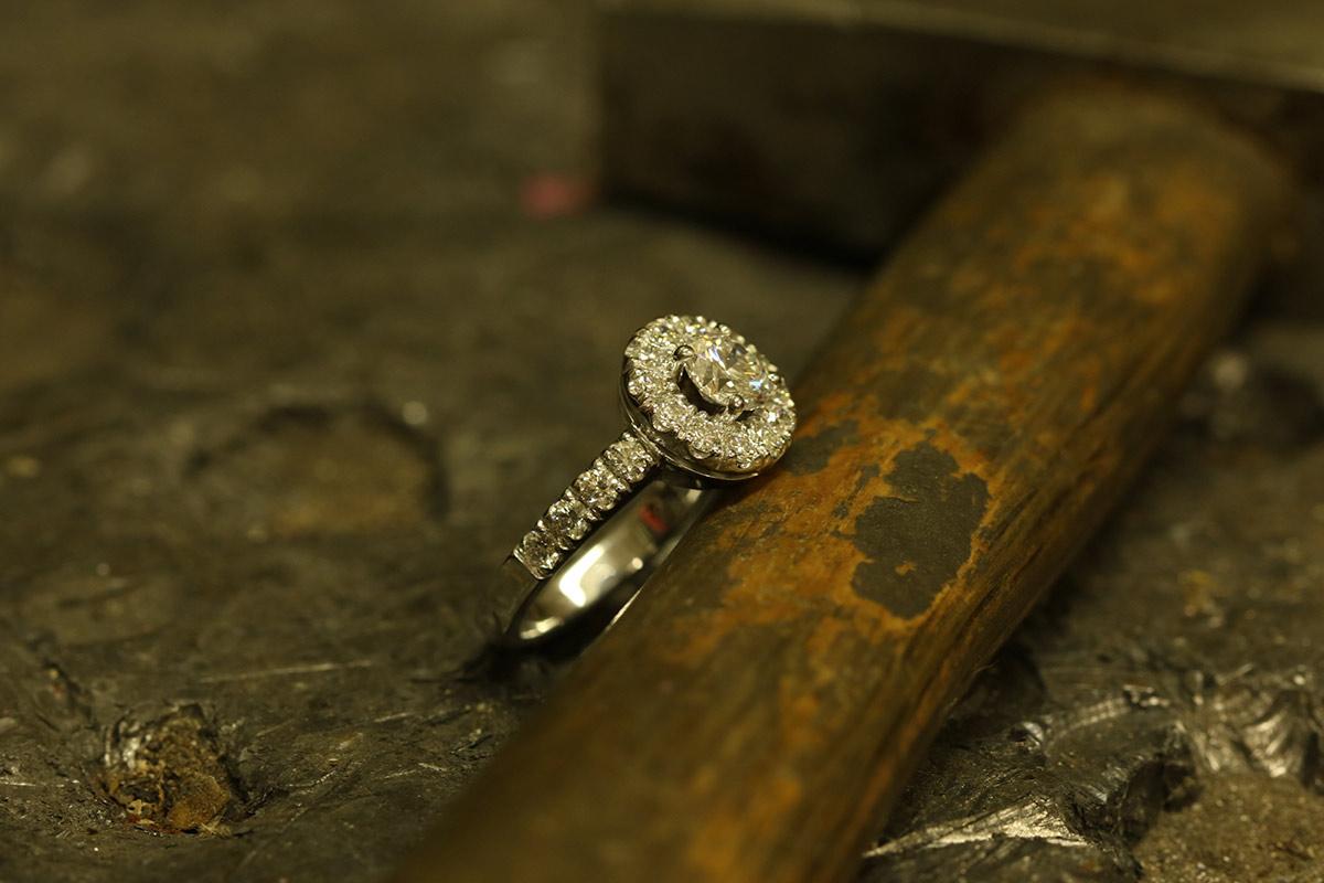 Anello con Brillanti - Ring with brilliants